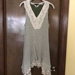 Tunic with crocheted neckline and lace slip